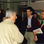 Da sinistra l'on. Mino Martinazzoli, Giacomo Bergomi, il figlio Stefano ed Elio Tomasoni sindaco di Lograto, alla vernice della mostra Dalla Padania alle Ande il 13 settembre 1992.